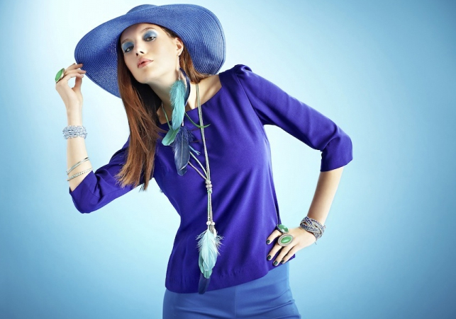 Model Blue Feather Accessoires Big Hat