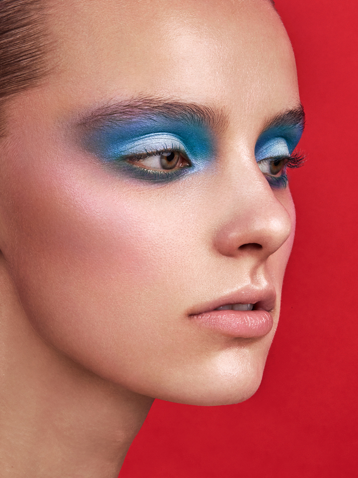 glamour beauty blue make-up