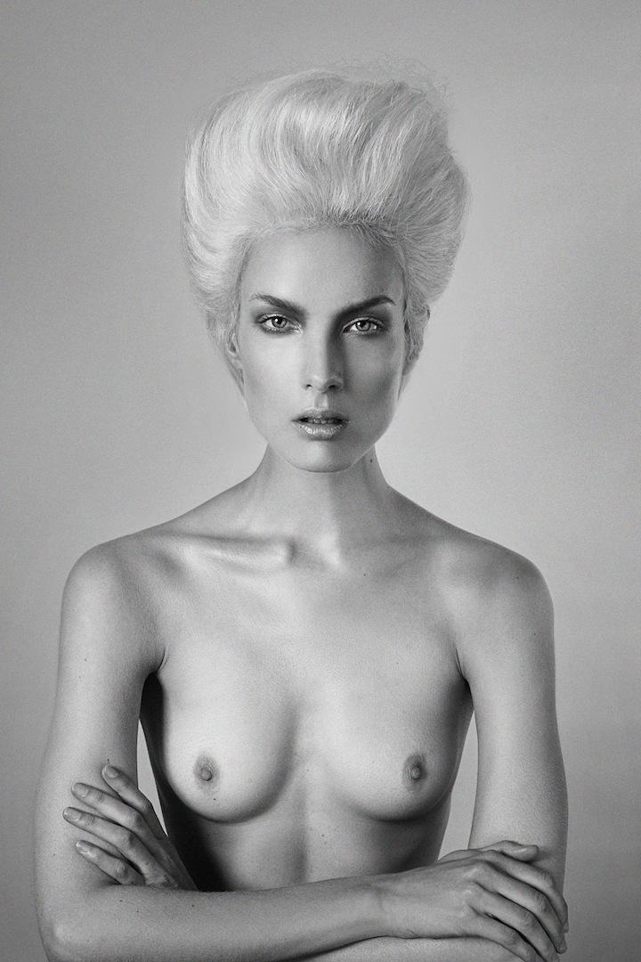 Naked Model Breast Black White Blond Hair