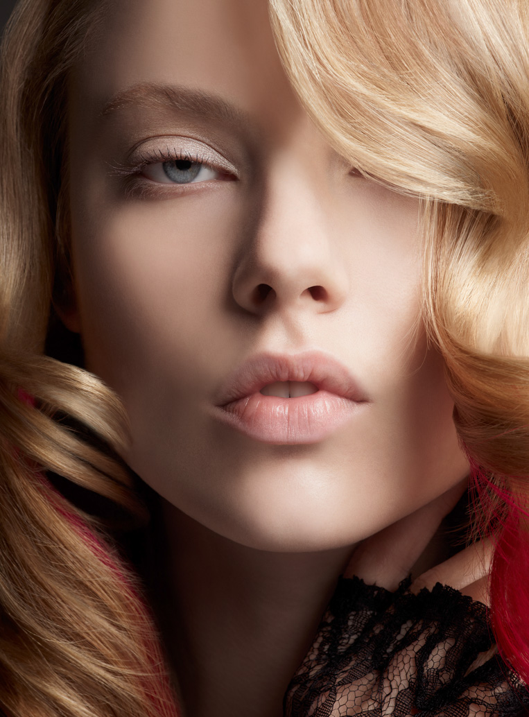 beauty editorial blond woman