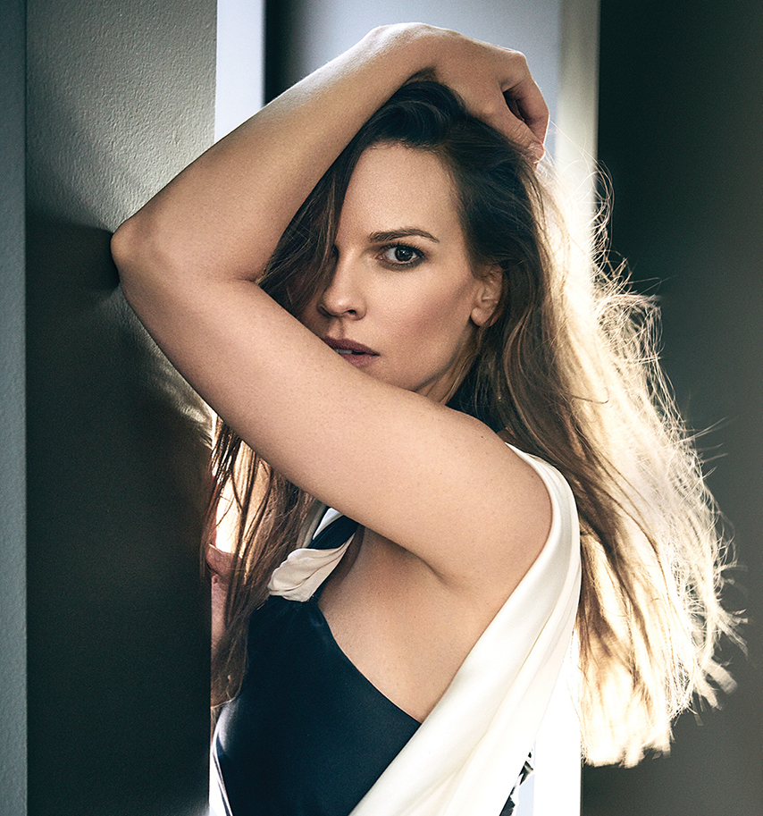 hilary swank female actor black white dress