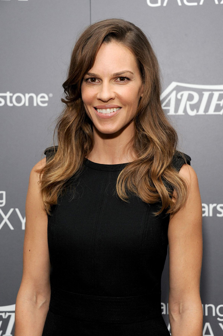 hilary swank red carpet