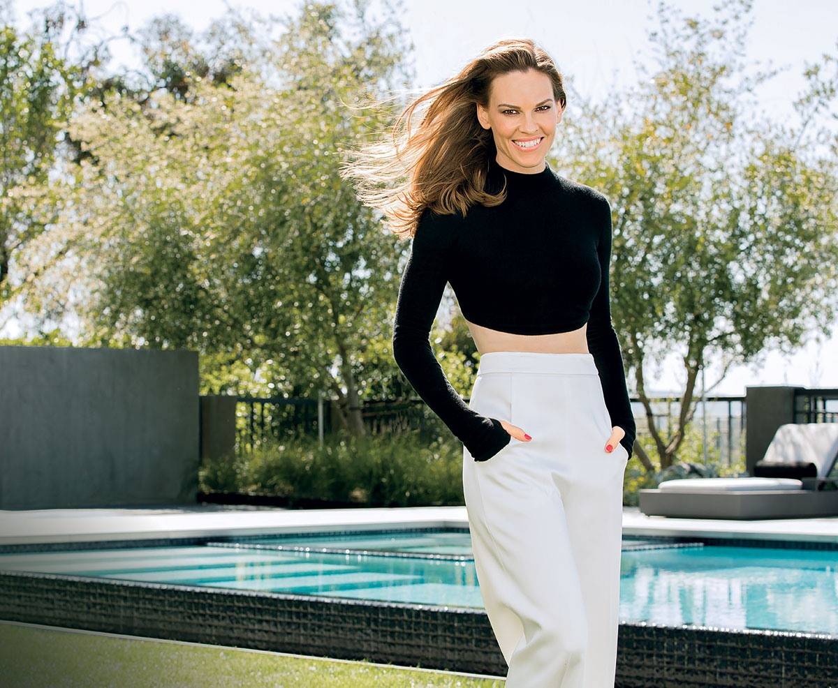 hilary swank hamptons summer pool