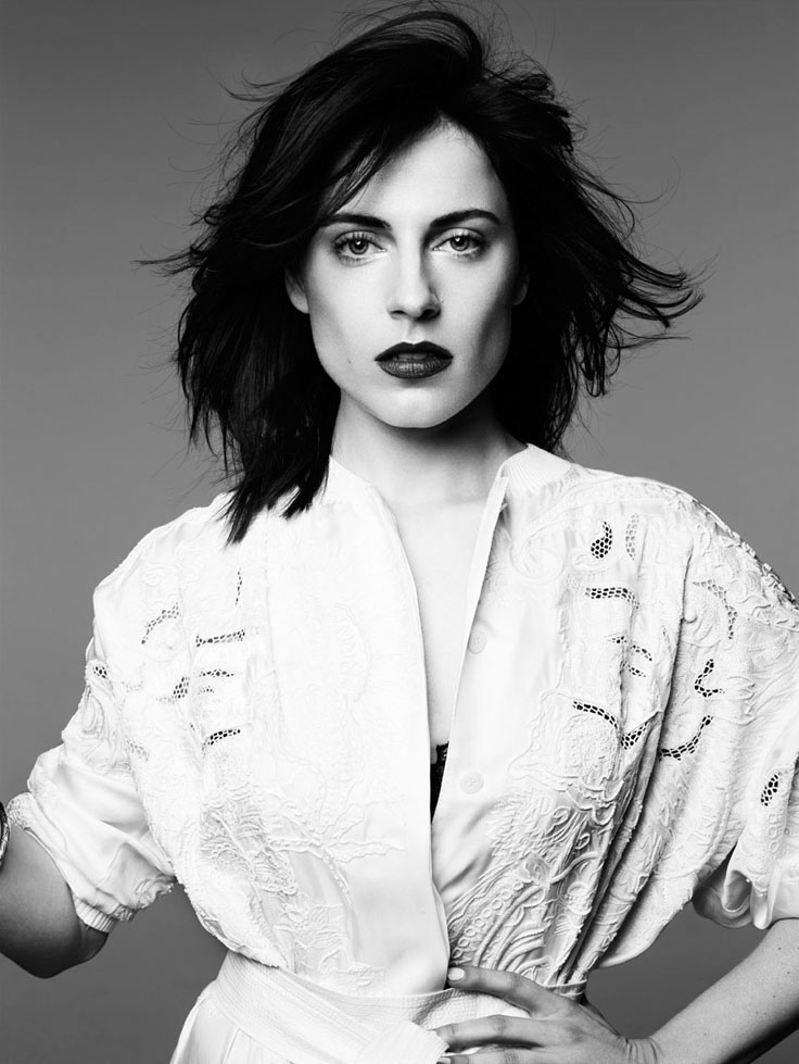 Antje Traue model fashion portrait hair lipstick