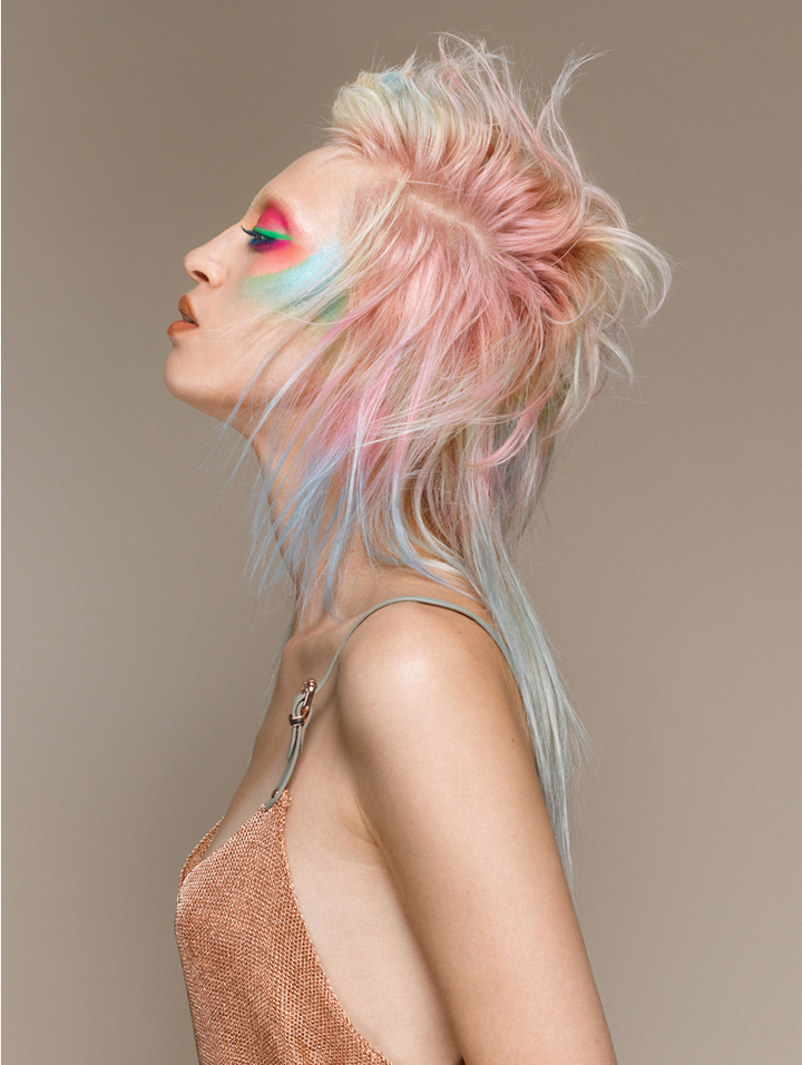 Model Portrait Haar bunt pastel Farbe Top Styling