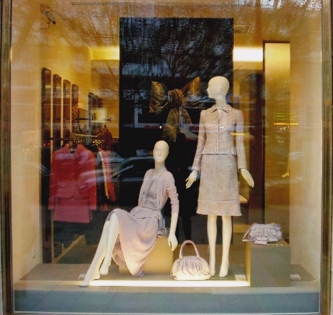 shopwindows womens fashion