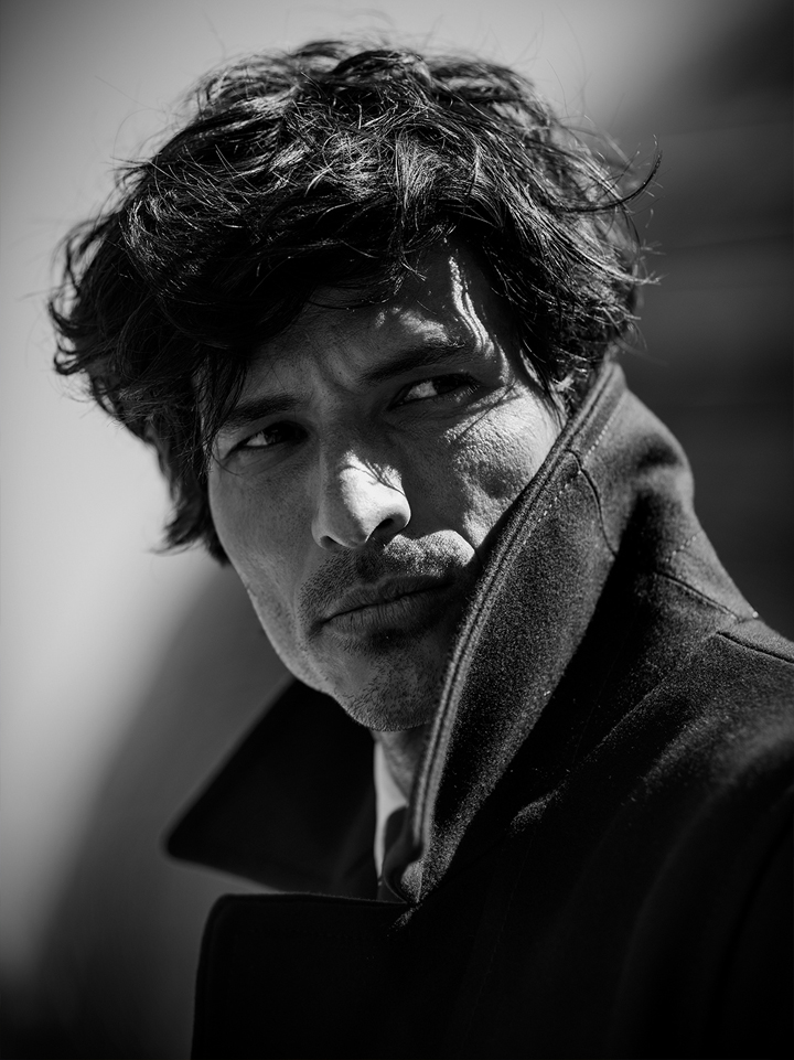 Andres Velencoso Model schwarz weiß Portrait The Peak