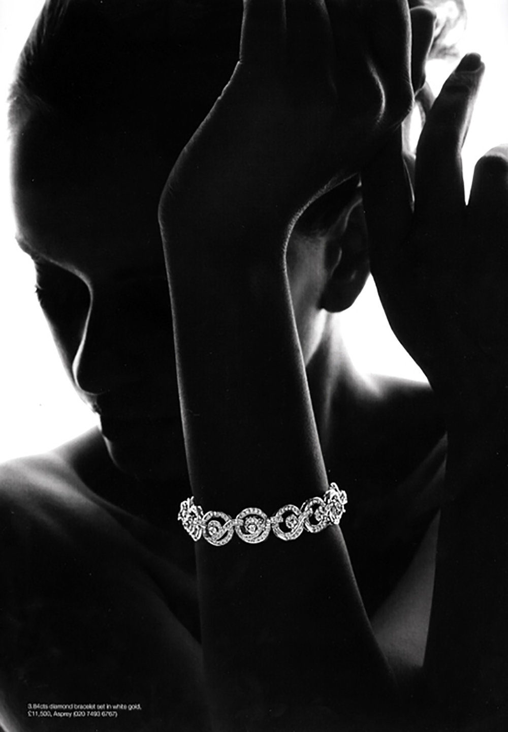 jewelery bw girl glamour