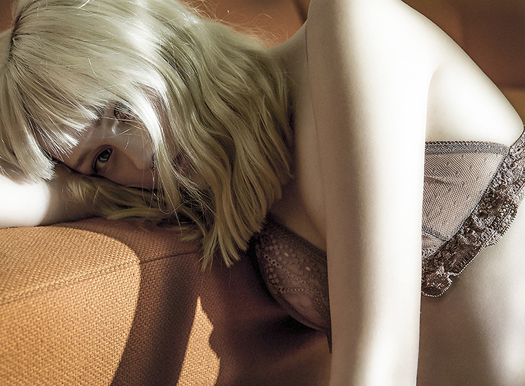 lingerie girls blond fashion