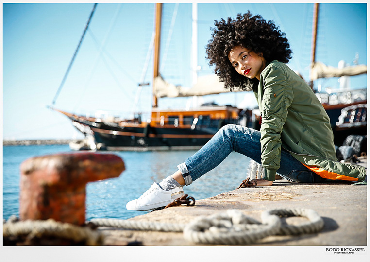 afro girl habour