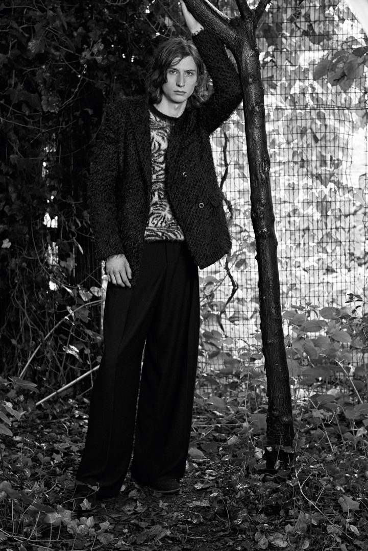 bw boy garden portrait fashion