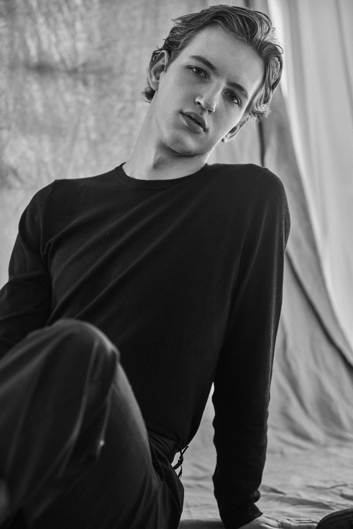 bw boy black shirt studio