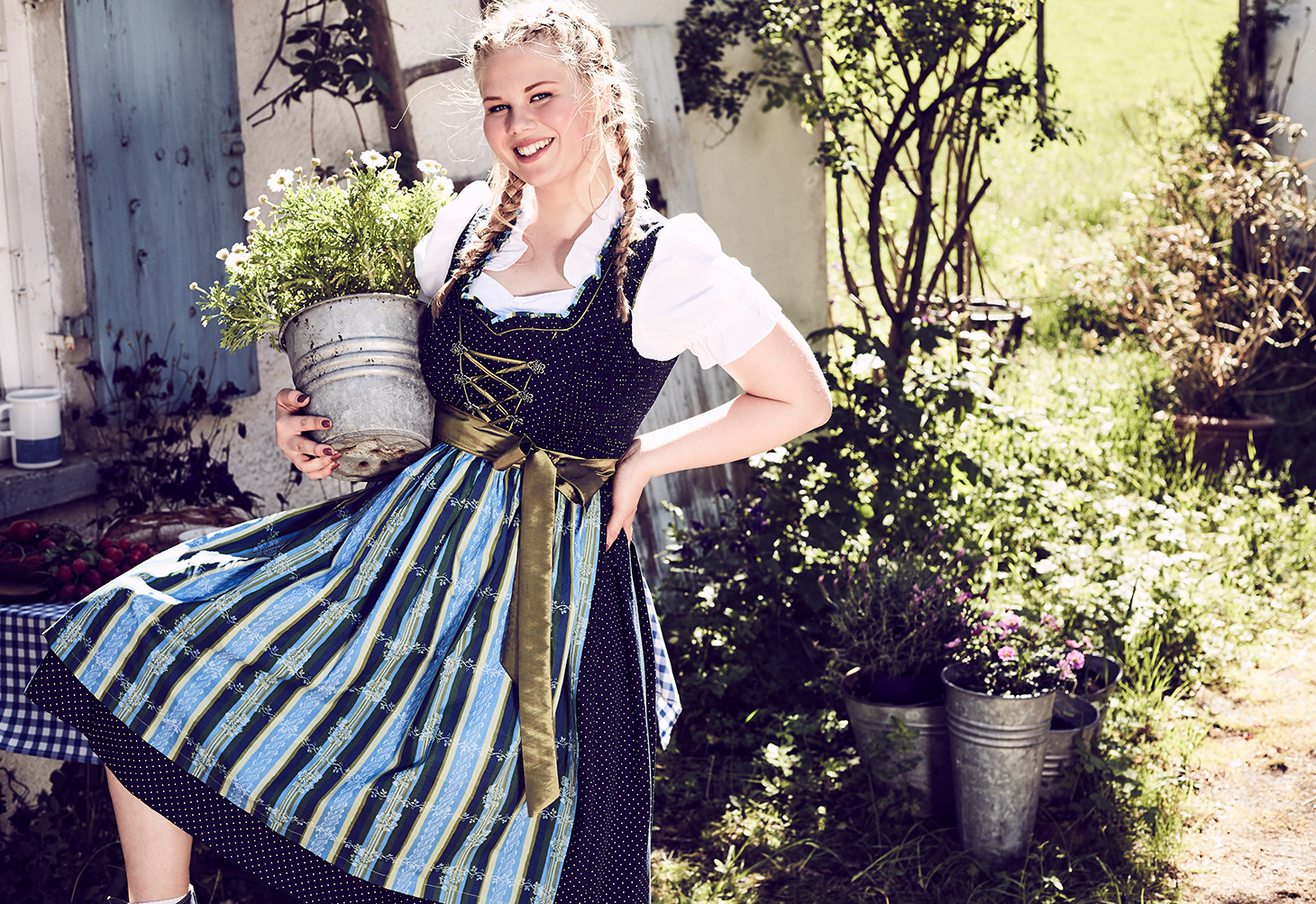 Plus Size Curvy Girls Dirndl
