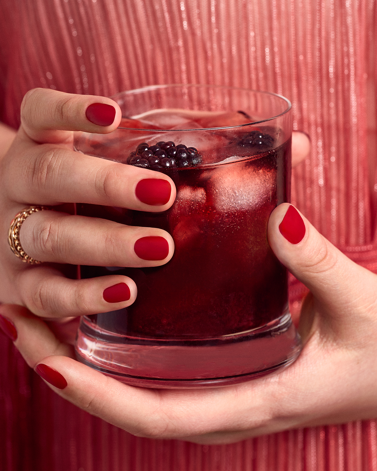 Makeup Drink Curvy Plus Size Red Lips Manicure
