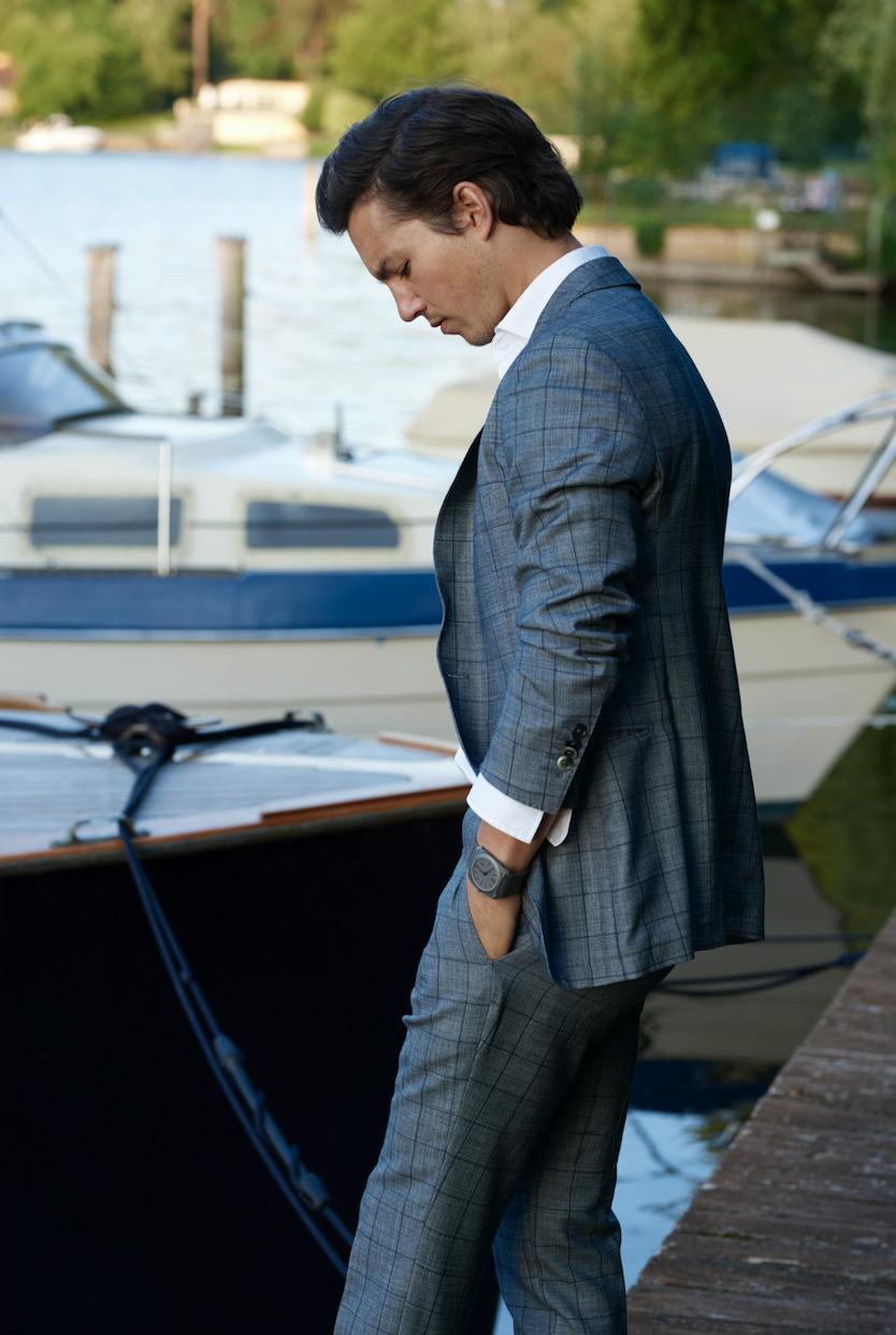 Suit Male Actor Water