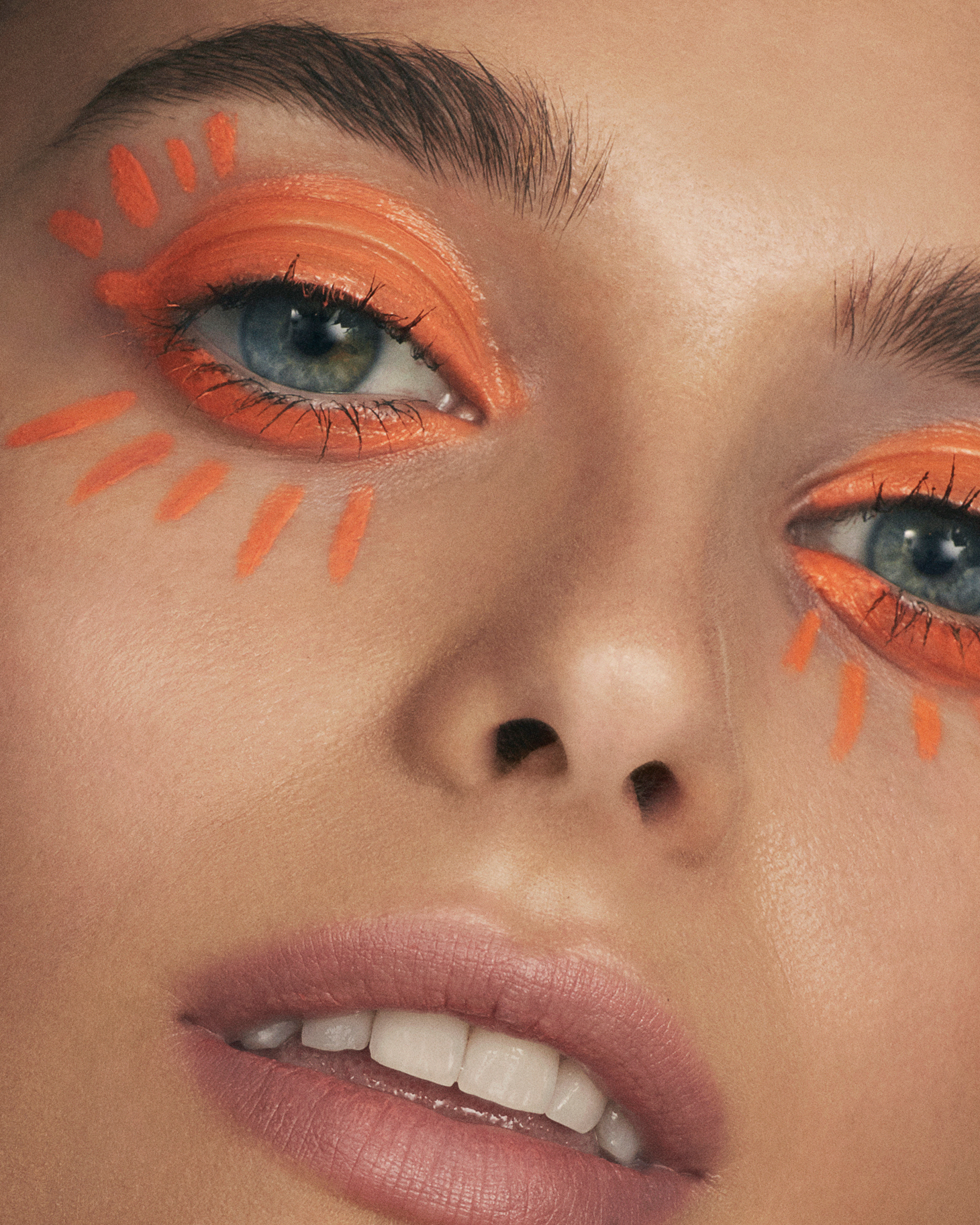 Orange Makeup Dark Eyebrows