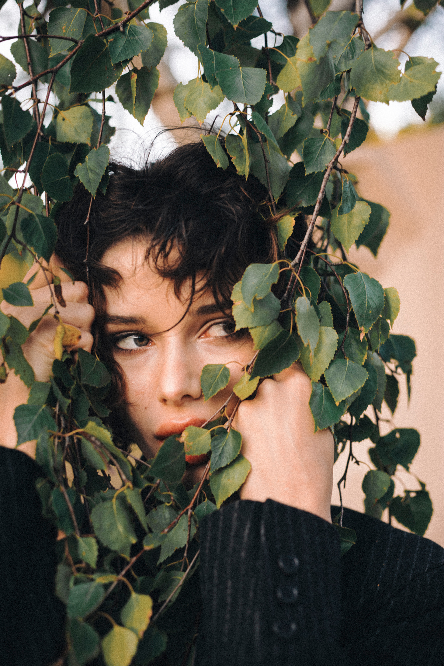 short curly hair forrest shooting green eyes